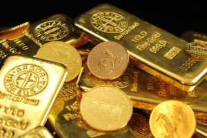 Gold holds steady